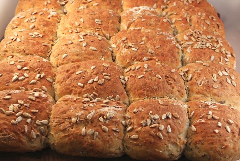 Brytbröd-med-frön