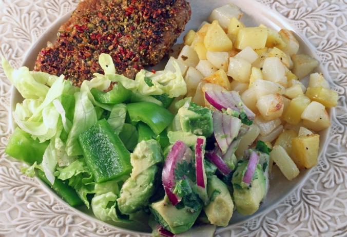 avokadosalsa-potatis-pepparbiff